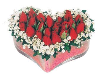 Adanadaki çiçekçiler çiçekçi telefonları  mika kalpte kirmizi güller 9