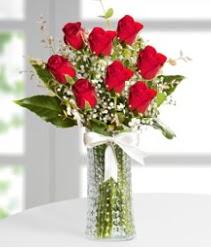7 Adet vazoda kırmızı gül sevgiliye özel  Adana çiçek siparişi sitesi