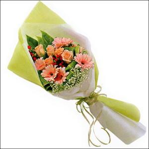 sade güllü buket demeti  Adana çiçekçi mağazası