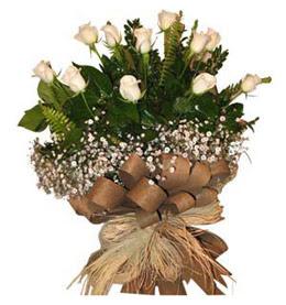 Adanadaki çiçekçiler çiçekçi telefonları  9 adet beyaz gül buketi