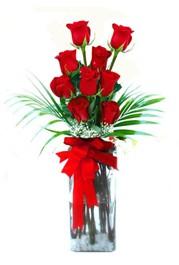 Adanadaki çiçekçiler çiçekçi telefonları  9 adet mika yada cam vazoda gül tanzimi