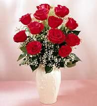Adana çiçekçi mağazası  9 adet vazoda özel tanzim kirmizi gül