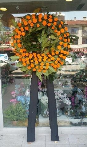 Cenaze çiçeği cenaze çelengi çiçek modeli  Adana çiçek siparişi çiçek gönderme
